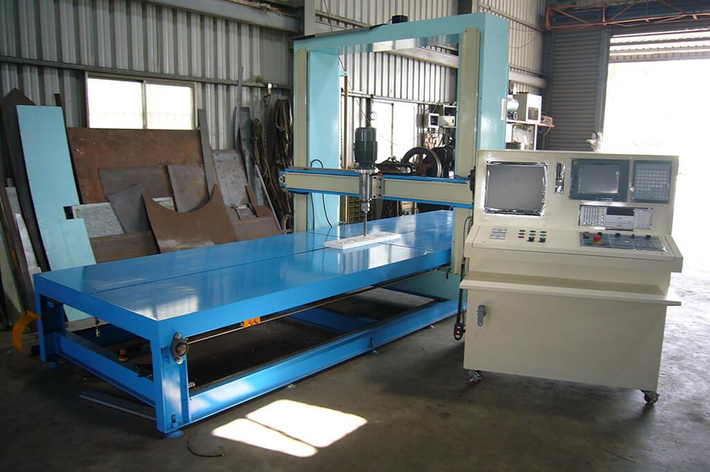 Professional Manufacturer of Foam Engraving Machine in